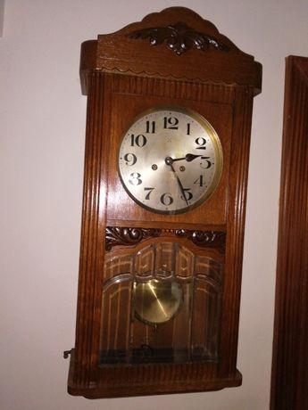 Relogio de parede com Pendulo e chave a trabalhar 76 cm de Altura