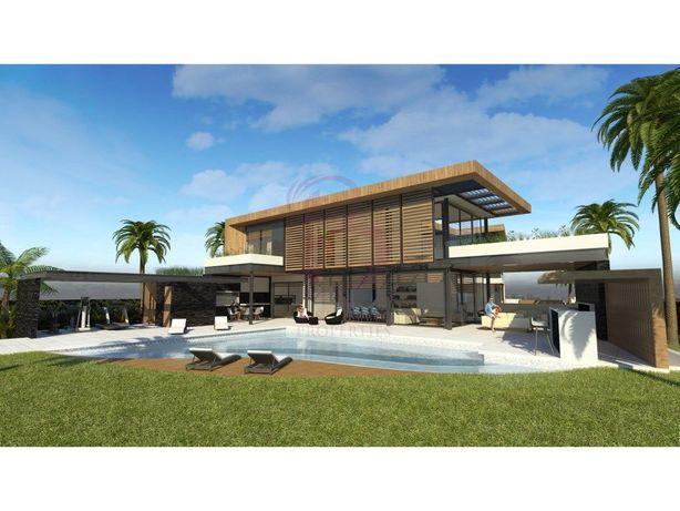 Terreno para construção de moradia para venda em Vilamoura