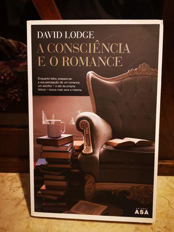 """Livro """"A consciência e o romance"""""""