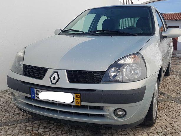 Renault Clio 1.2 16v c/A.C