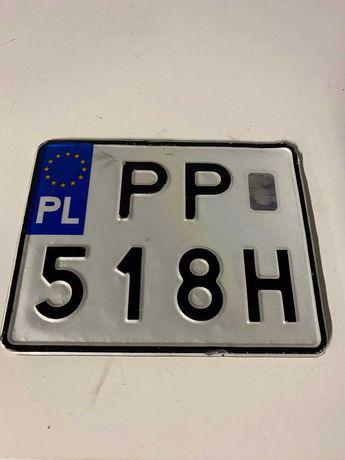 Znaleziono tablicę rejestracyjną PP518H PP 518H