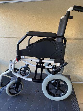 Cadeira rodas Aluminio Transit semi nova Orthos