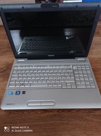 Ноутбук TOSHIBA pro l-500