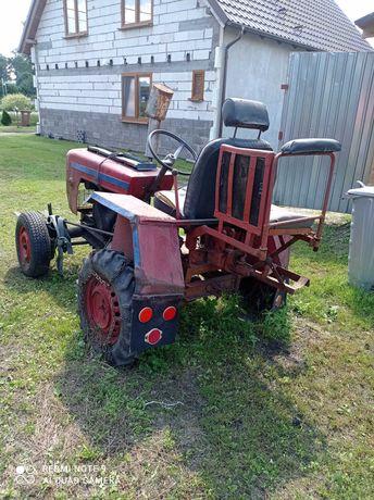 Witam traktorek sam  do poprawy