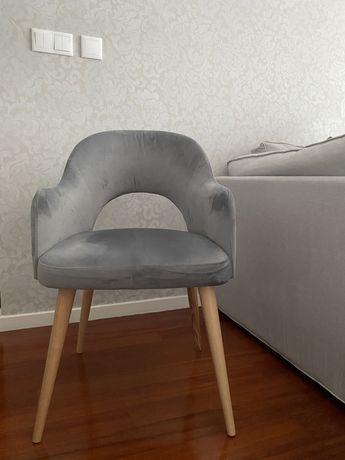 Cadeiras sala de jantar - cinzentas