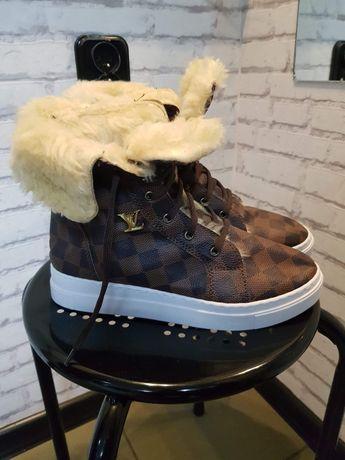 Louis Vuitton nowe sneakersy 37