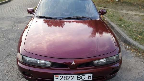 Продам Mitsubishi Galant 2.0i