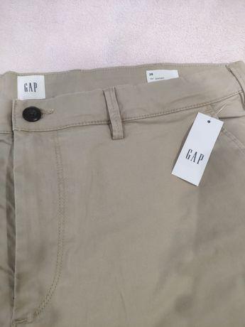 Продам мужские шорты GAP