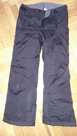 Spodnie zimowe ocieplane wzmocnione r. 140