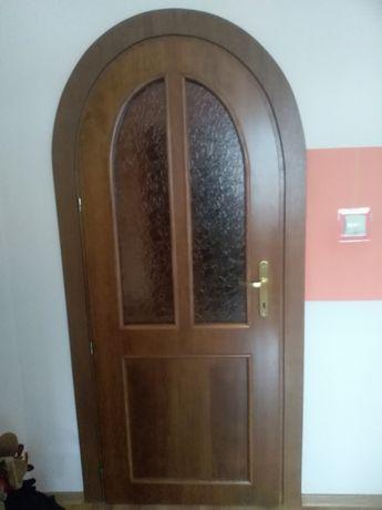 Drzwi DREWNIANE z łukiem