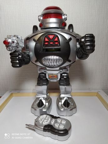 Продам іграшку робот