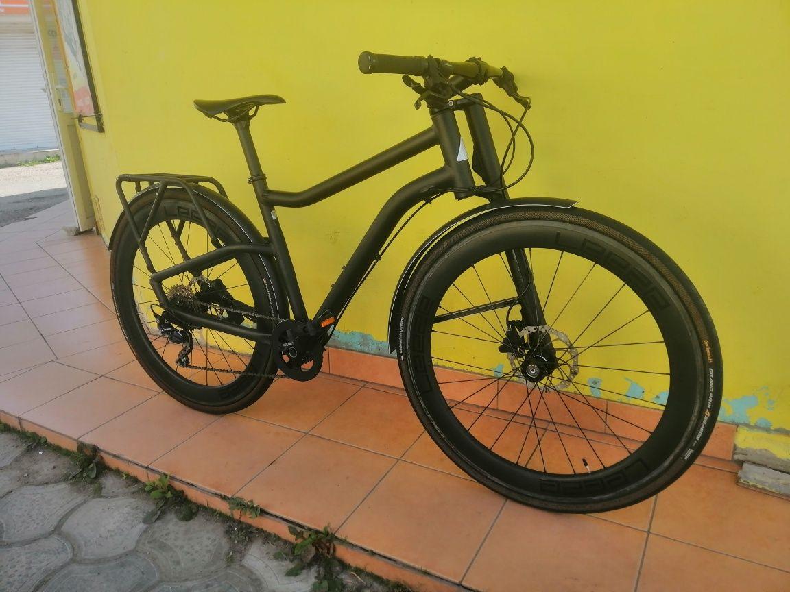 Шоссейный велосипед Cannondale 28 ' карбон
