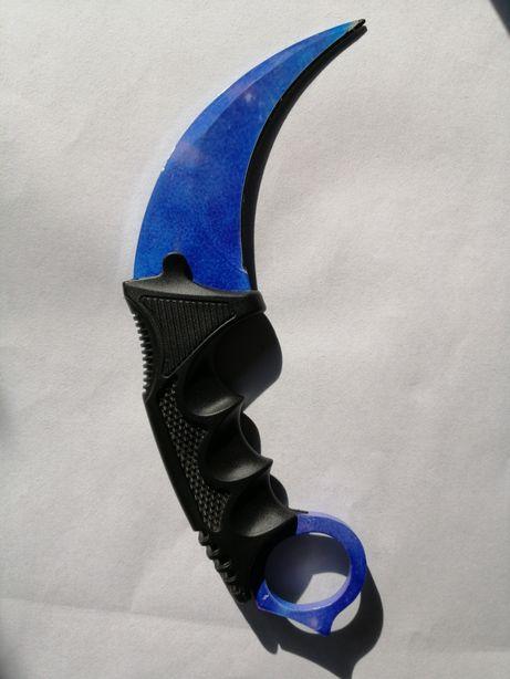 Nóż karambit