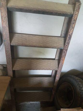 #Металеві сходи