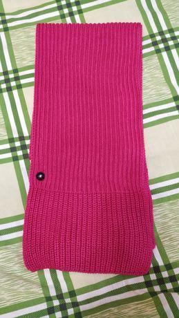 Продам фирменный шарф Адидас Adidas розового цвета.