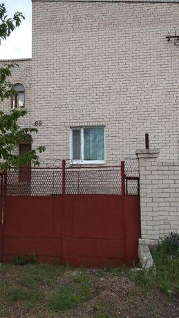 Купить дом в Геническе недорого кирпичный двухэтажный Азовское море