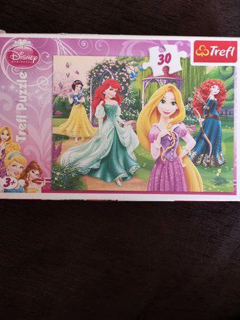 Puzzle Trefl Disney Księżniczki +3 30 elem. Bdb stan kompletne