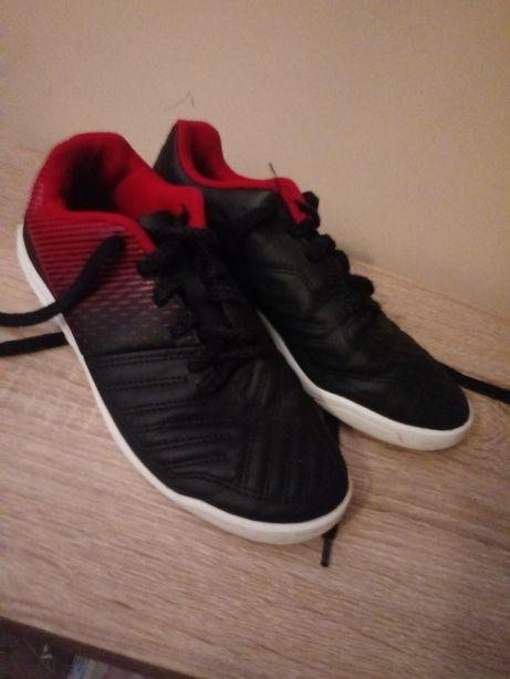 Turfy, buty do piłki nożnej