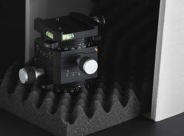 Linhof 3D Micro Levelling Head