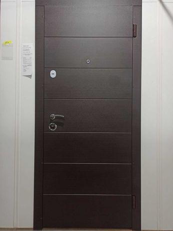 Двері вхідні квартирні в м.Вінниця/Двери входные г. Винница