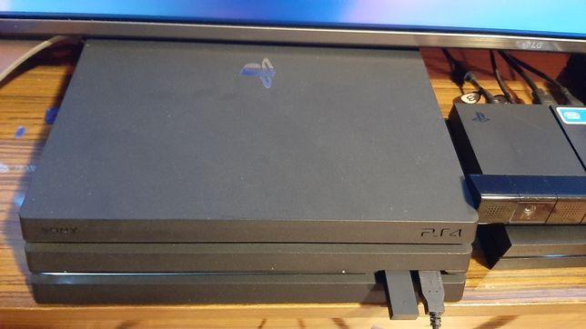 Playstation 4 Pro zamienię na x one x