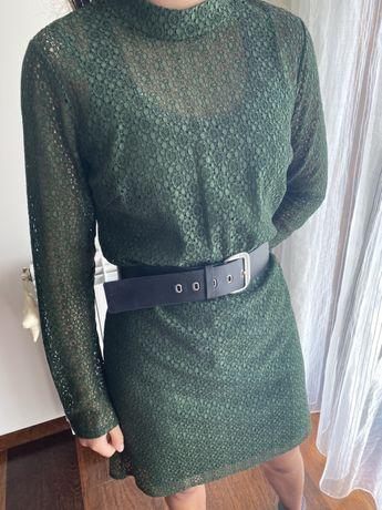 Vestido verde rendado