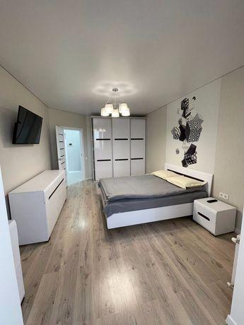 Сучасна VIP квартира з дизайнерським рішенням,Центр