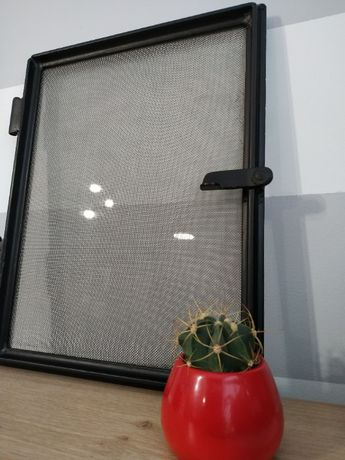 Stare żeliwne, metalowe okno, LOFT, industrialne, ramka, dekoracja PRL