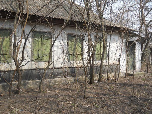 Продам ветхий дом с.Тиньки Черкаской обл Чигиринского рн ул Ленина 144