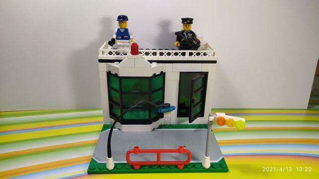 Конструктор лего (Полицейский участок)