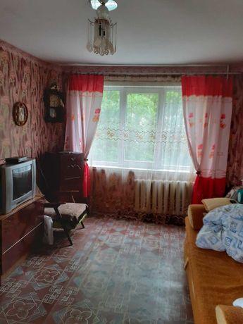 № 10821 - 3 к. квартира, Центр, Ольжича, 3/5 эт., панель