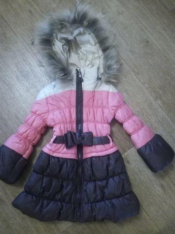 Продам куртку удлинённую на  возраст 5-7 лет,