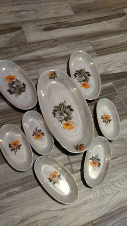 Набор тарелок .красивый набор 8 тарелок
