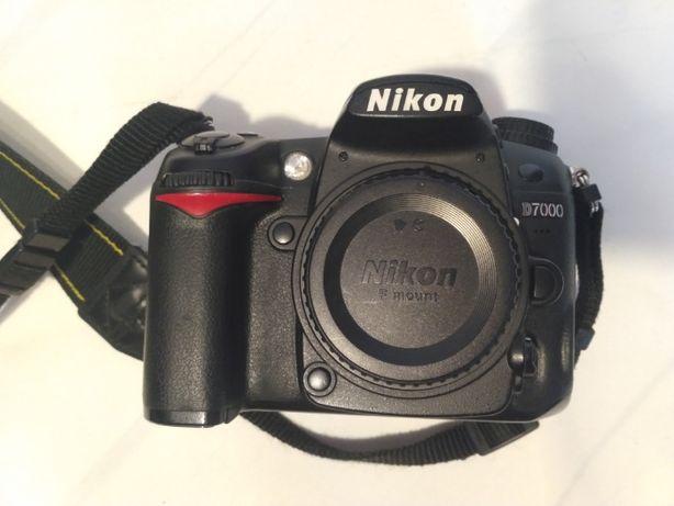Фотоапарат Фотокамера фото камера Nikon D7000