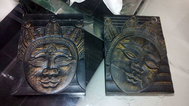 Conjunto novo de 2 quadros pequenos de deuses buda