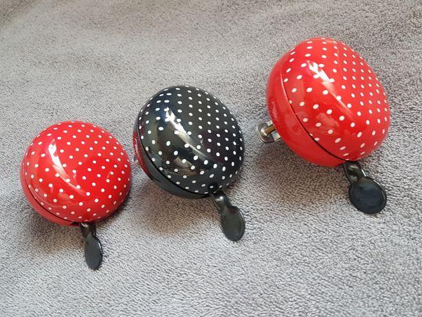 Dzwonek rowerowy czarny oraz czerwony