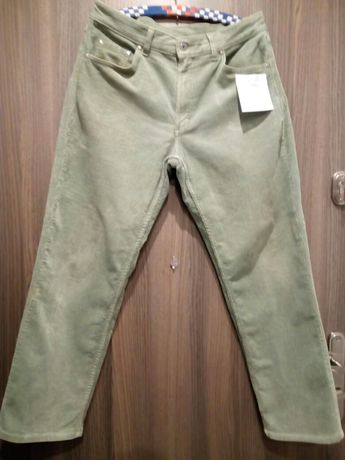 Markowe Oliwkowe sztruksowe spodnie rozmiar L OBNIŻKA CENY 22 ZL
