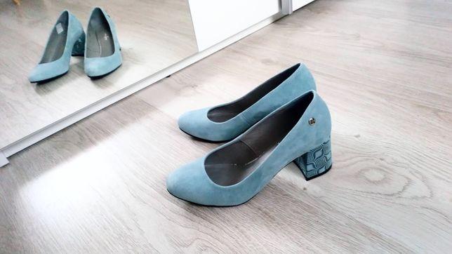Nowe buty maciejka 37 baby Blue ozdobny obcas słupek