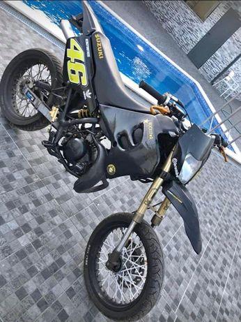 Vendo Suzuki Rmx