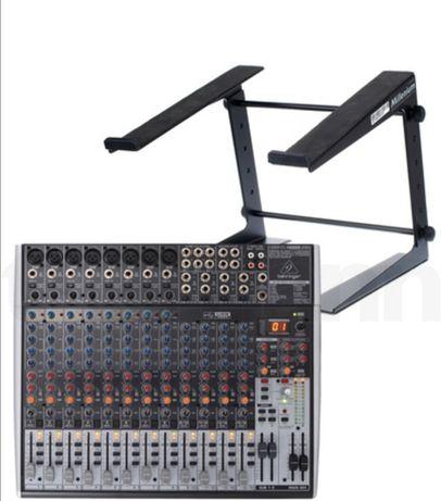 Mesa de som behringer  amplificada
