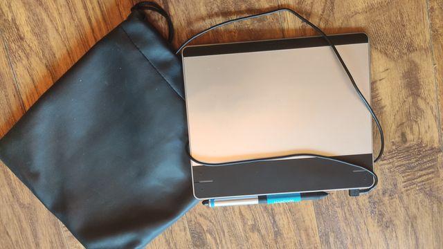 Tablet graficzny wacom intuos small