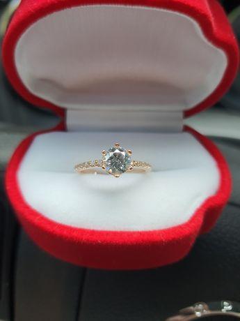 Кольцо золото 585 проба розмір  16.5