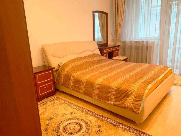 Продам 2 комнатную квартиру ул. Сечевых стрельцов (Артема) 76