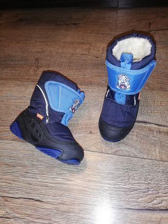 Зимове взуття на хлопчика