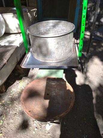 Пресс для сока под гидродомкрат 35 литров