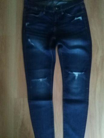 Jeansy, spodnie r. 27.