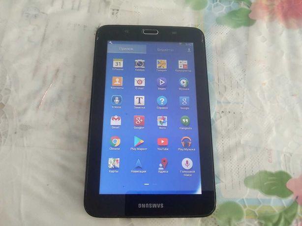 Планшет  samsung galaxy tab 3 smt-110 7'дюймовй экран.
