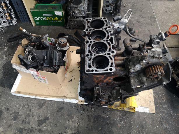 Blok kompletny Golf VI Leon Octavia 1.6 TDi caddy volkswagen