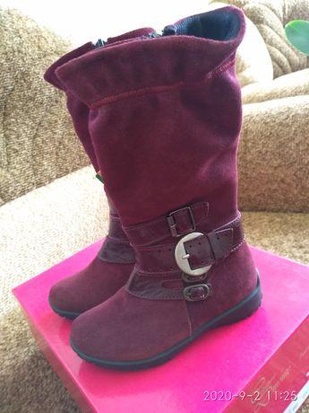 Осінні чобітки для дівчинки
