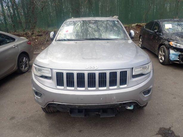 Jeep Grand Cherokee WK2 запчасти. Снимем с нее все, что Вам надо.